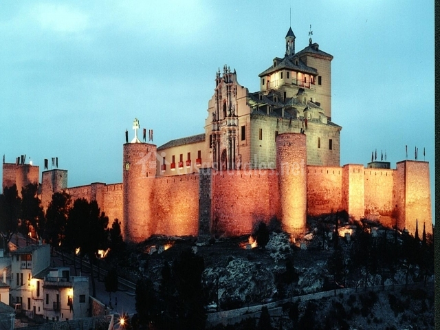 Cortijo orihuelo en moratalla murcia for Muebles castillo murcia