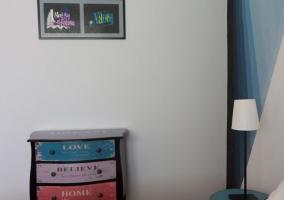 Detalle dormitorio azul