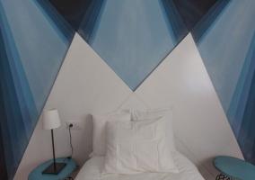 Dormitorio individual con decoración original