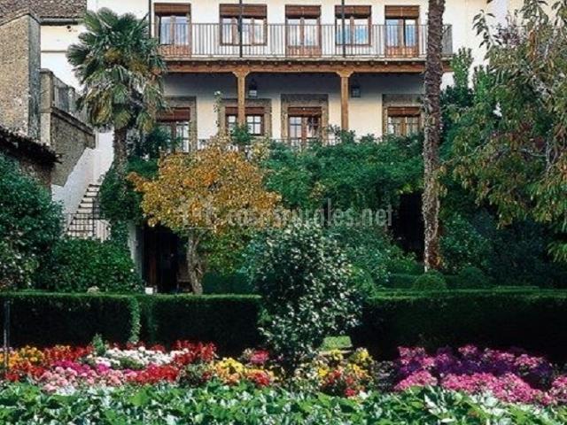El jard n del convento en hervas c ceres for Jardin del convento