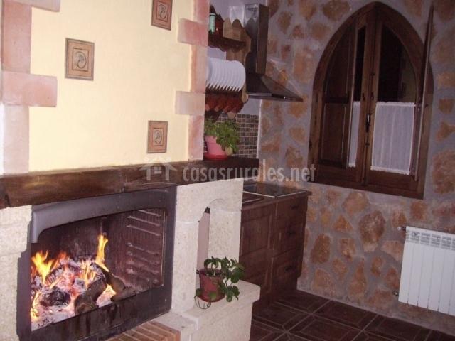 Casa mi abad a en villanueva del arzobispo ja n for Cocina abierta sala de estar