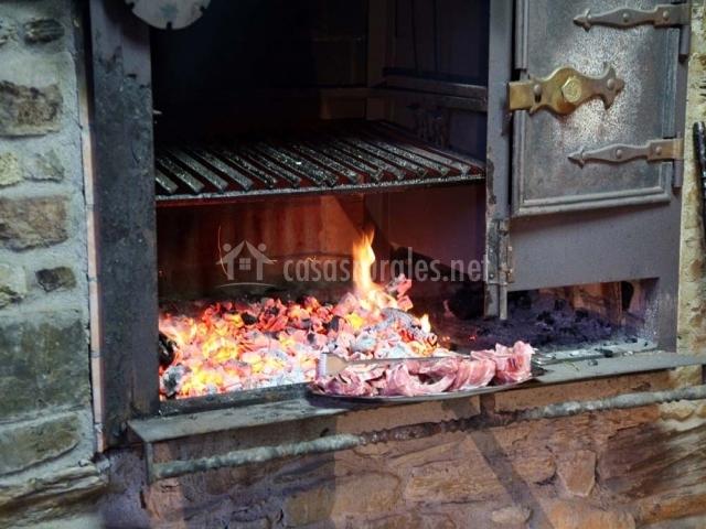 Casa bouza en becerrea casco urbano lugo - Barbacoa y horno de lena ...