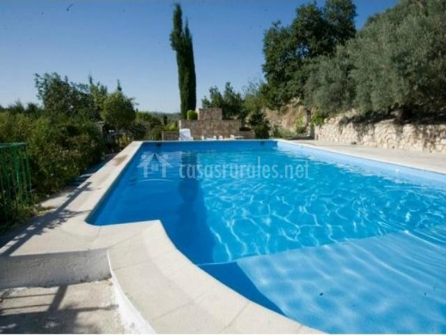 La casa de la piscina en cazorla ja n for Casa rural para cuatro personas con piscina