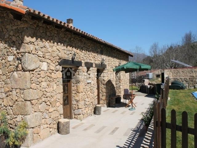 Casa rural el vallejo en casas del casta ar c ceres - Casa rural el vallejo ...