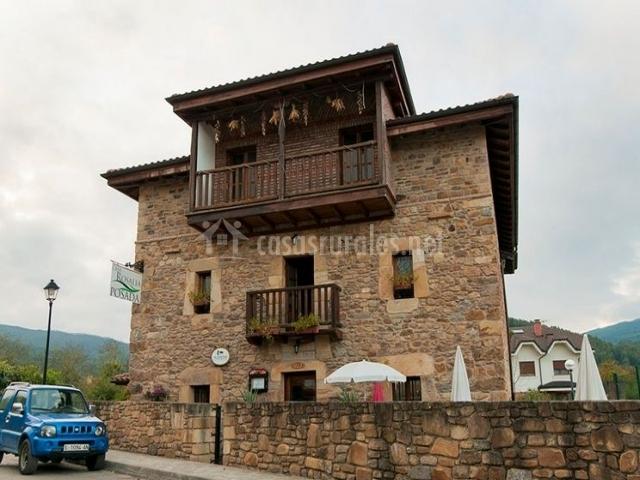 Casa rosal a posada en castro urdiales cantabria - Posada casa rosalia ...