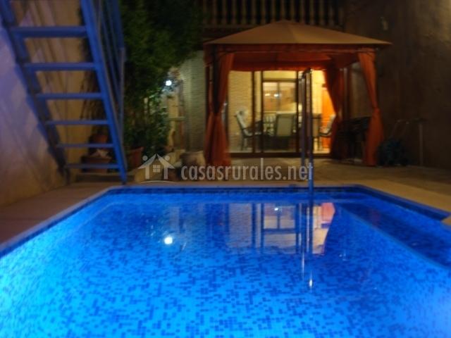 Casa el xop en palomar valencia for Casa vacacional con piscina privada
