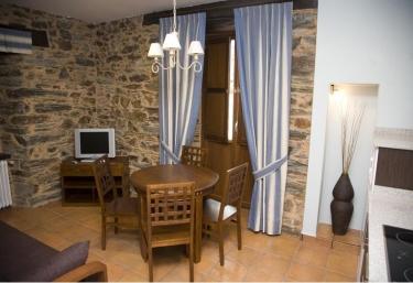 Apartamentos A Estación- Mina Villaodrid - A Pontenova (Casco Urbano), Lugo