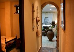 Vestíbulo de acceso a diferentes estancias de la vivienda