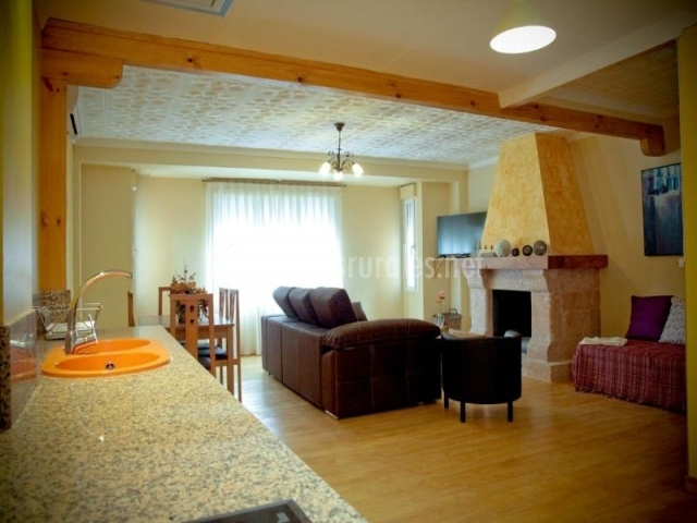La remolina en casas iba ez albacete for Cocina abierta sala de estar
