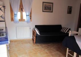 Sala de estar con sofás
