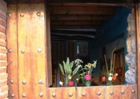 Distribuidor con techo formado por vigas