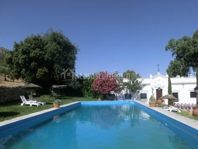 Casa rural sierra de mampar en hornachos badajoz for Casas rurales en badajoz con piscina