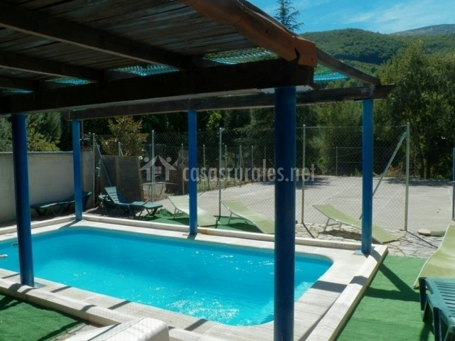 Casa rural valle del jerte en navaconcejo c ceres for Casas rurales en caceres con piscina