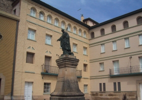 Estatua de José de Calasanz