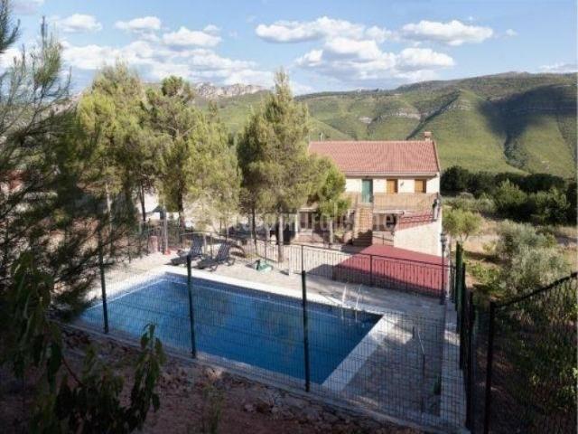Casa rural cerro lobo 2 en yeste albacete - Casa rural yeste ...