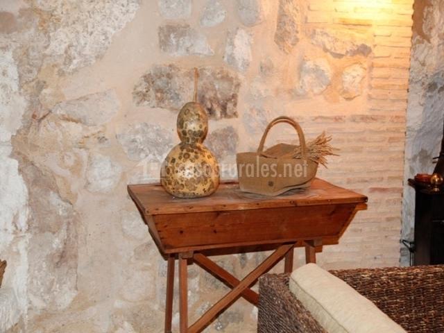 Casa el clavel en alcala del jucar albacete for Sala de estar en el patio