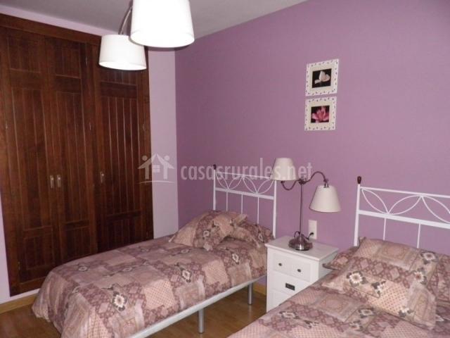 Armario empotrado en un dormitorio