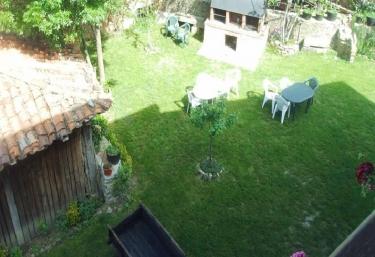 Casa Rural Josefina Apartamento 2 - Aliezo, Cantabria
