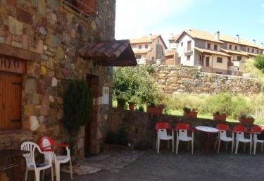 Apartamentos Castell - Neril, Huesca