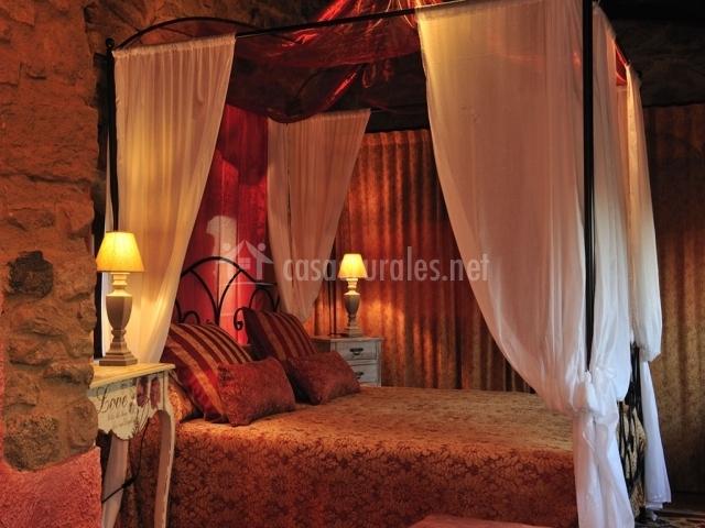 Suite Unicornio Plata cama matrimonio