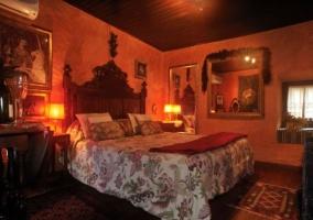 Suite Unicornio Dorado cama