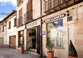 Apartamentos Lladito- La Estación