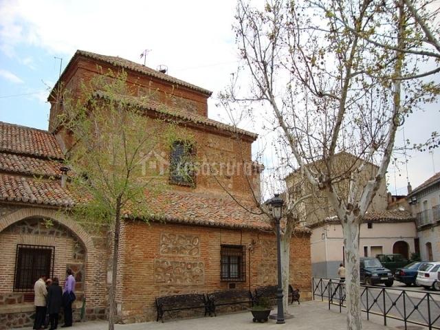 Iglesia de Los Navalucillos