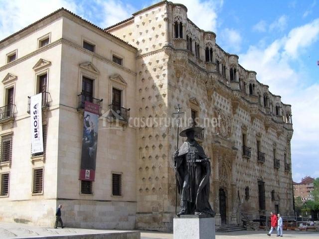 Castillo de los Duques del Infantado