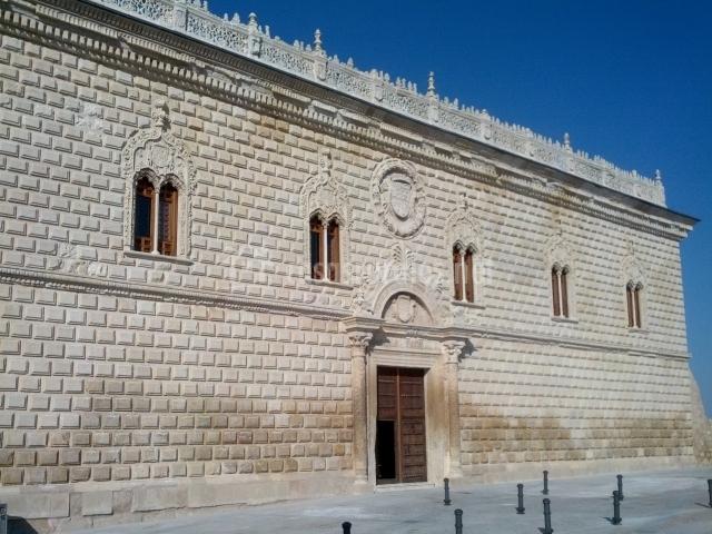 Fachada del palacio renacentista