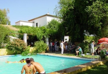 Casas rurales con piscina en mairena del alcor for Piscina mairena del alcor 2017