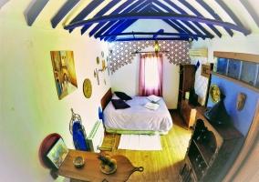 Dormitorio visto desde arriba