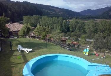Al Sol del Narcea- Casas de Aldea - Corias (Pravia), Asturias