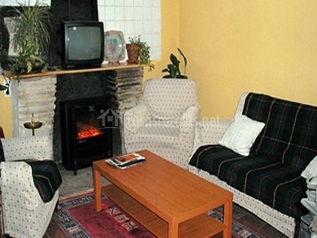Casa rural maricarmen casas rurales en calzada de - Cocinas maricarmen ...