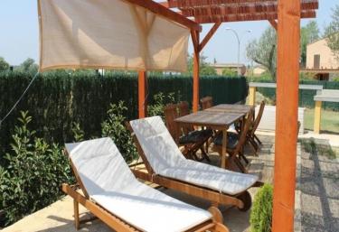 Bora Bora allotjaments - Verges, Girona