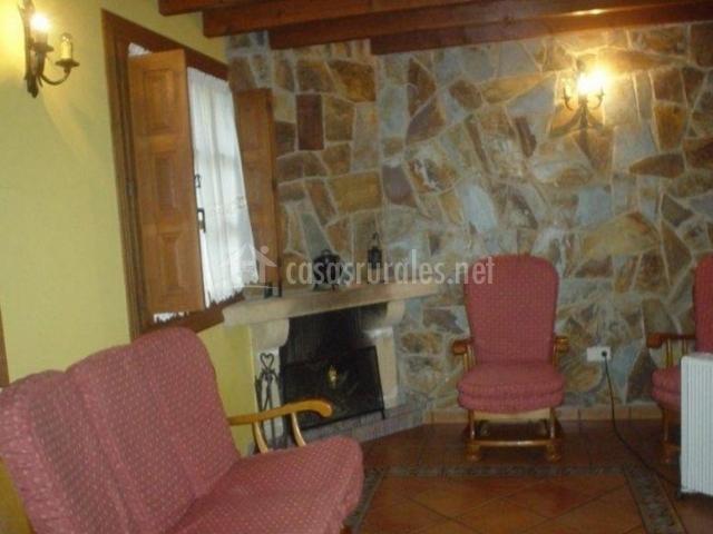 Sala De Estar Frances ~ Sala de estar con chimenea de estilo francés en esquina