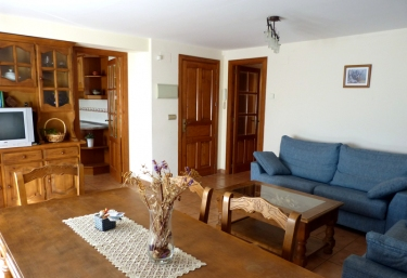 Apartamento 2 - Casa Casbas - Guasillo, Huesca
