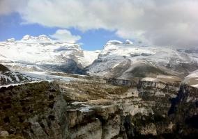 Paisaje nevado de nuestro entorno