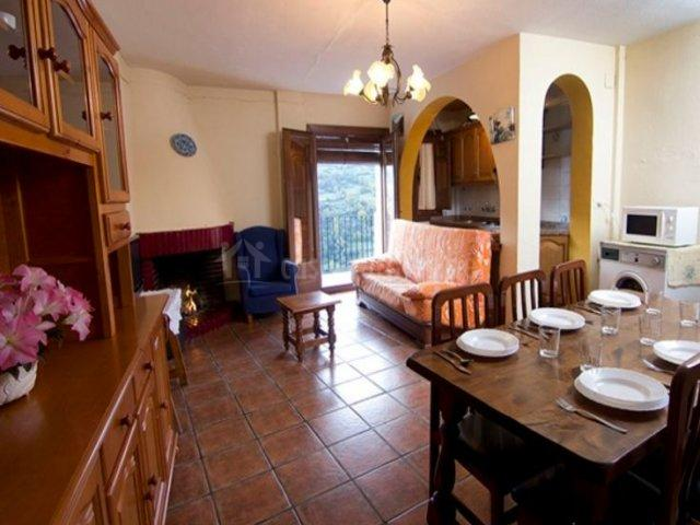 Vista veleta en capileira granada for Sala de estar y cocina