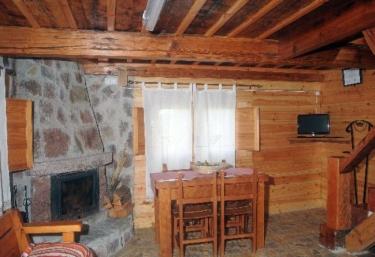 Casa Dobra - Fontecha - Sevares, Asturias