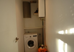 Cuarto con lavadora
