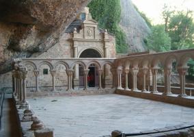 Claustro del Monasterio de San Juan de la Peña en Jaca