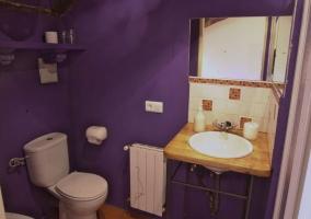 Baño violeta