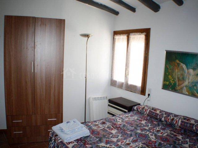 Dormitorio amplio y doble