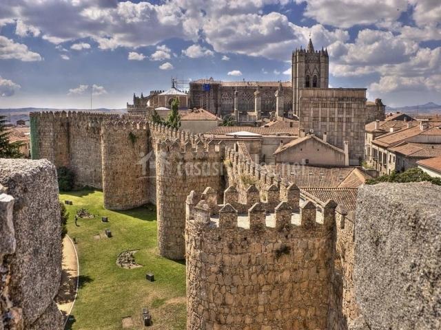 Muralla y otros monumentos de Ávila