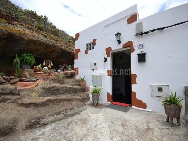 Casa cueva mirador del gallego en monta a de guia gran - Casas de madera en gran canaria ...