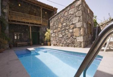 Casas rurales con piscina en gran canaria for Casas vacacionales con piscina