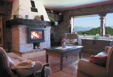 Uhaldeko Borda - Aldaz De Larraun/aldatz, Navarra