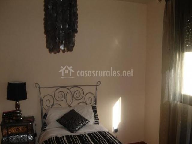 Dormitorio individual en planta baja