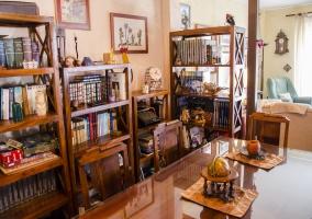 Sala de estar y comedor comunicado con la cocina