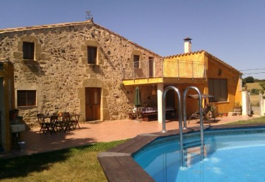 1735 casas rurales con piscina en catalu a